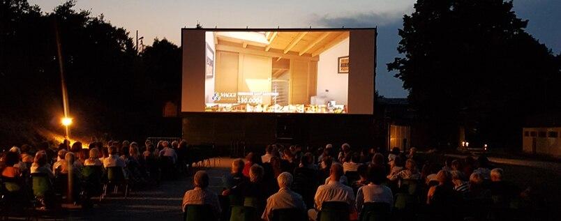 Cinema d'estate: sotto le stelle