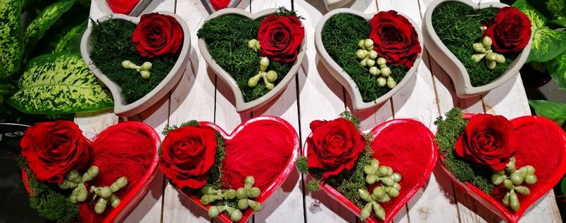 Fiori Bianchi Simili A Rose.I Fiori Da Regalare A San Valentino Guida Pratica Per Innamorati